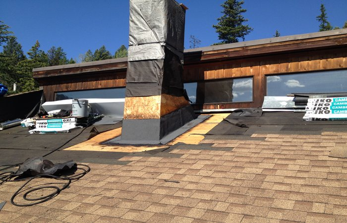 roof repairs okanagan